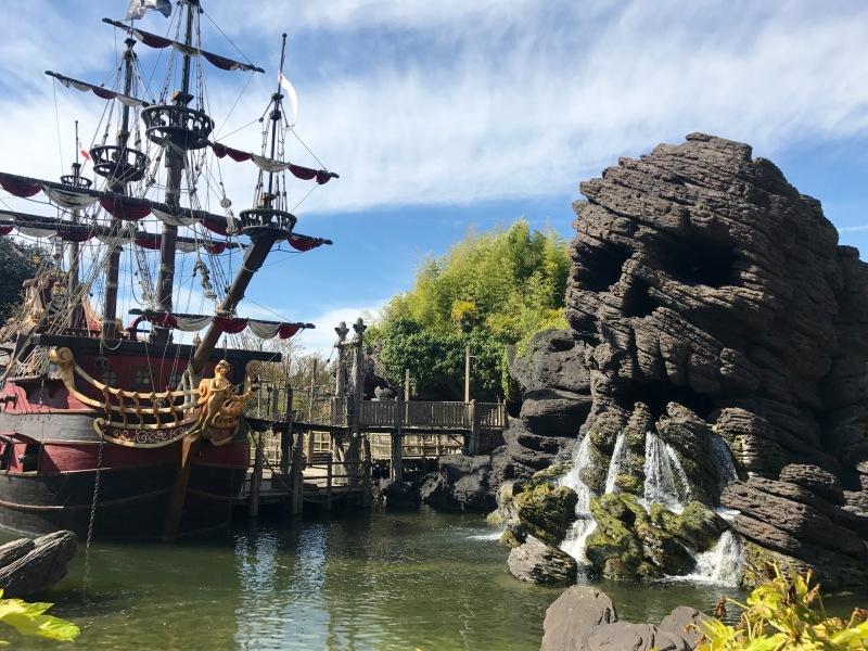 disney land paris pirates of the caribbean