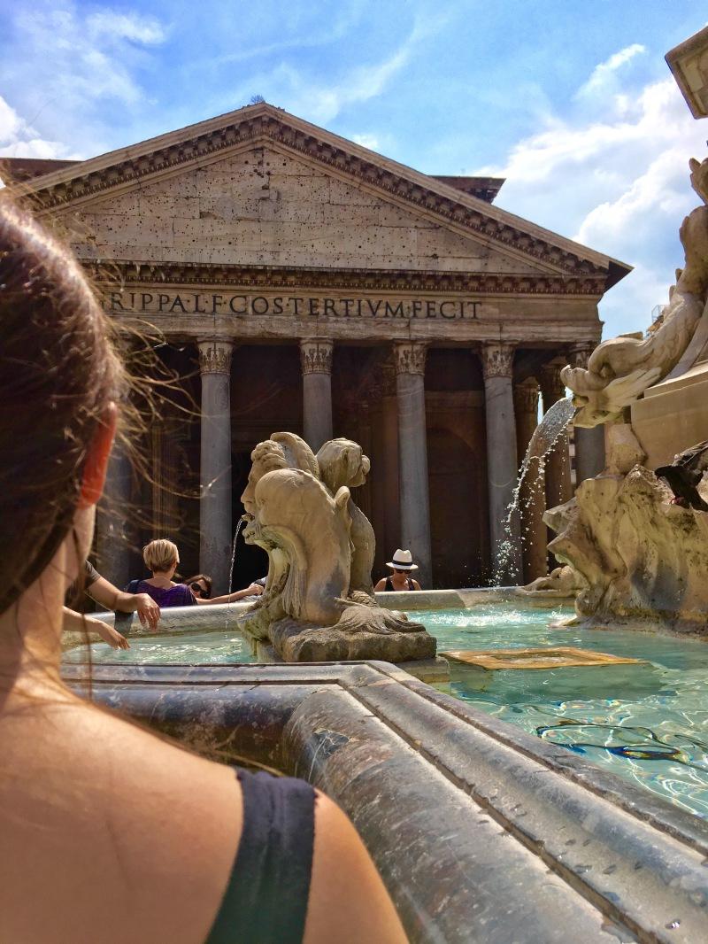 exterior rome pantheon