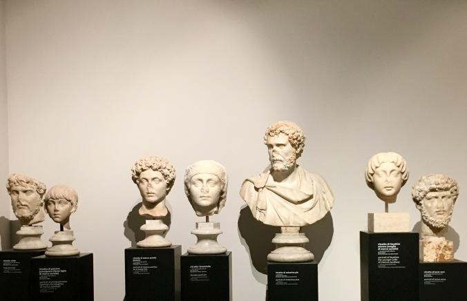Museo palatino museum heads