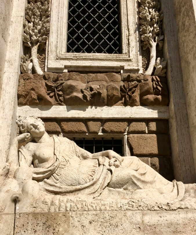 sculptures around rome