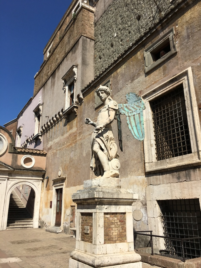 Castel Sant'Angelo sculptures