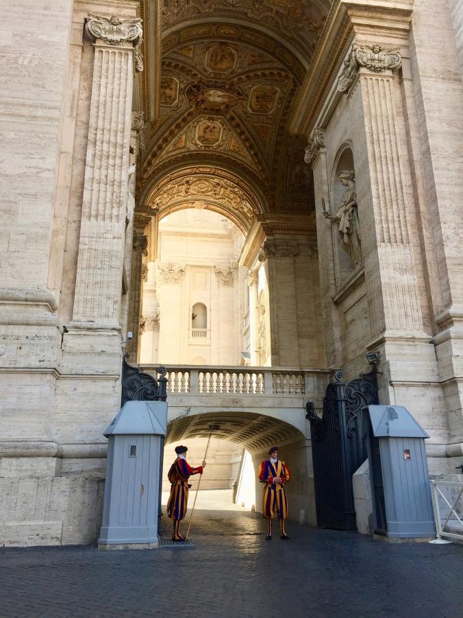 sculpture vatican, rome