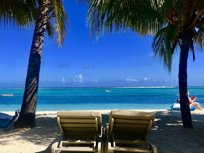 relaxing, le morne, mauritius
